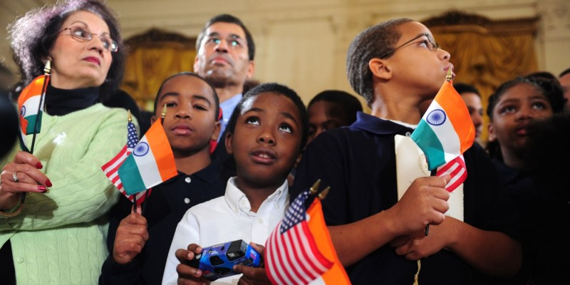 A photo of children attending the Obamas' welcoming ceremony for Indian Prime Minister Singh in Washington.